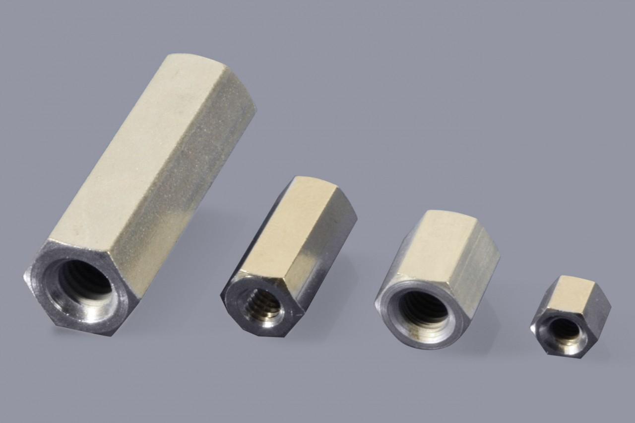 Distanzbolzen / Abstandsbolzen aus Metall mit Innen-/Innen-Gewinde (I/I)