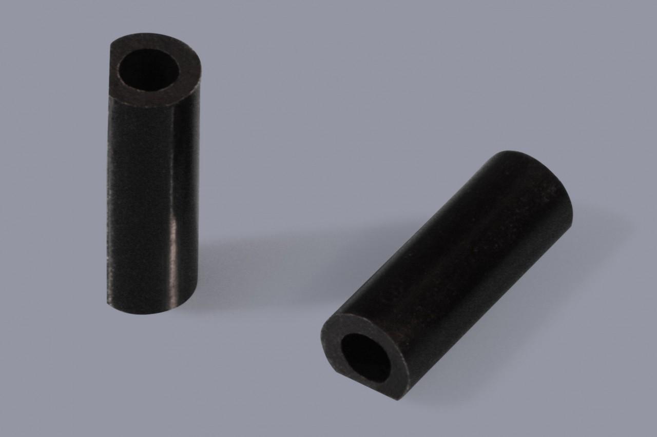 Distanzhülsen / Distanzröhrchen aus Kunststoff abgeflacht