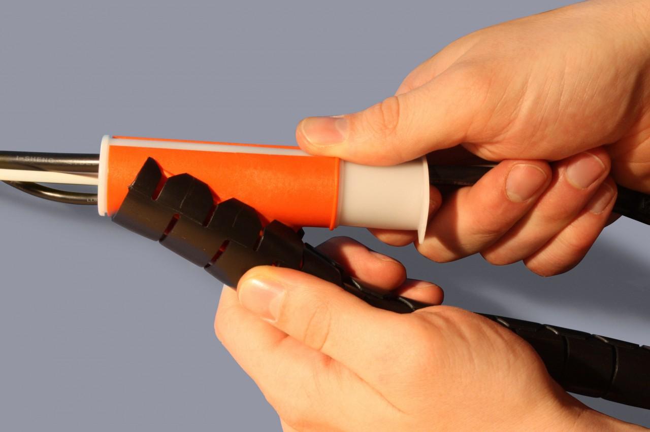 Kabelschutzschläuche inkl. Werkzeug