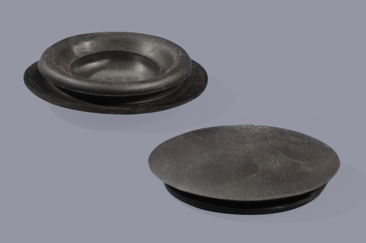 Karosseriestopfen / Verschlussstopfen aus Gummi einschnappend Typ 1